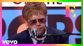 FlashbackFriday to Elton performing Border Song on Top of the Pops during