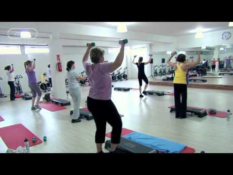 Die tägliche Fitness für die Abmagerung des Heimes