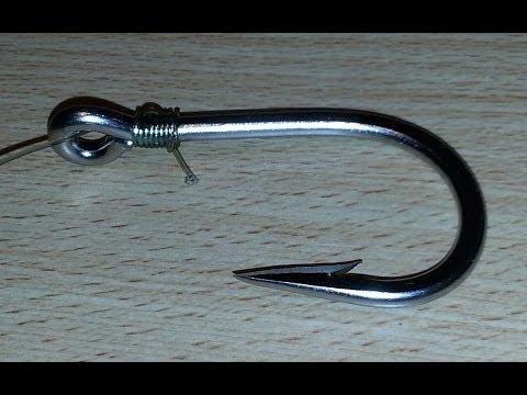 Nudos de pesca para anzuelos. Cómo atar anzuelo то а línea de pesca... HD video