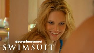 Esti Ginzburg, Hilary Rhoda & Julie Ordon Take On India | Outtakes | Sports Illustrated Swimsuit