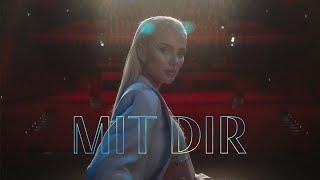 Musik-Video-Miniaturansicht zu Mit Dir Songtext von Loredana