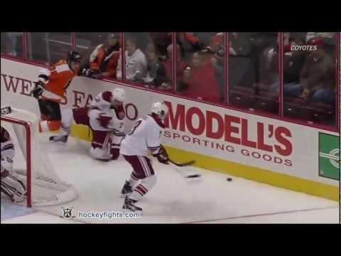 Kyle Chipchura vs Zac Rinaldo
