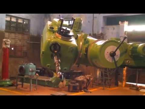 Universal Portable Radial Drilling Machine