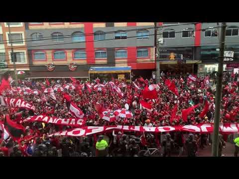 """BOGOTA!! Santa Fe vs america , disturbio rojo colombia !!"" Barra: Disturbio Rojo Bogotá • Club: América de Cáli • País: Colombia"