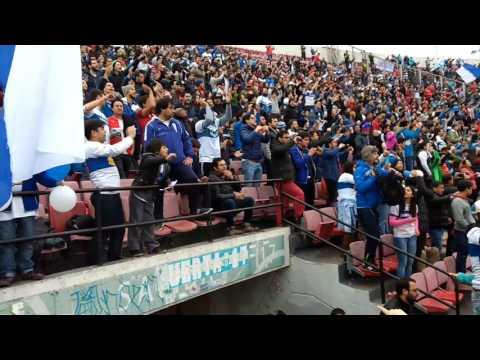 """""""Salida de los CRUZADOS en la final de la super copa"""" Barra: Los Cruzados • Club: Universidad Católica"""