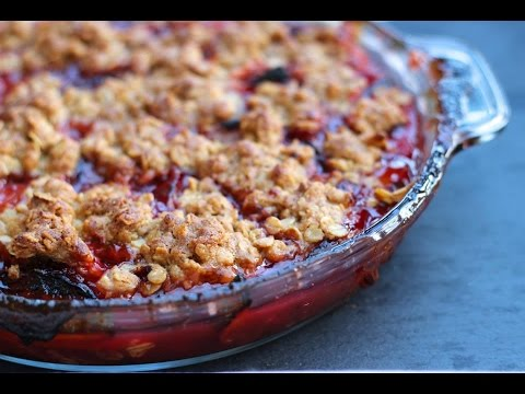 Dessert Recipe: Plum Crisp by Everyday Gourmet with Blakely