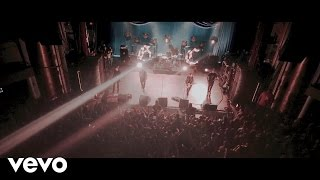 Good Charlotte - Keep Swingin Ft. Kellin Quinn