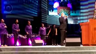 Worth Fighting For -Brian Courtney Wilson- George Powell And The Fallbrook Praise Singers