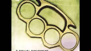E Town Concrete - The Distance