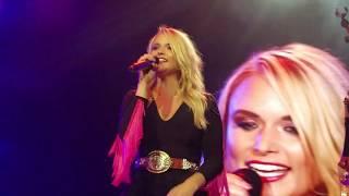 Miranda Lambert *Do Right Woman, Do Right Man* Aretha Franklin Tribute Bandwagon Tour 8/17/18