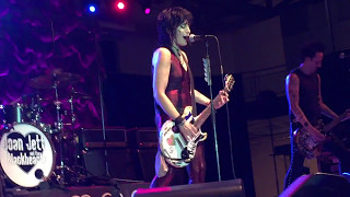 "Joan Jett & the Blackhearts - ""Love Is All Around"" (MTM) - Live 04/29/17 Millersville, PA"