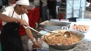 preview picture of video 'Bazaar Ramadhan at Asia City Pasar Tani - Video A.wmv'