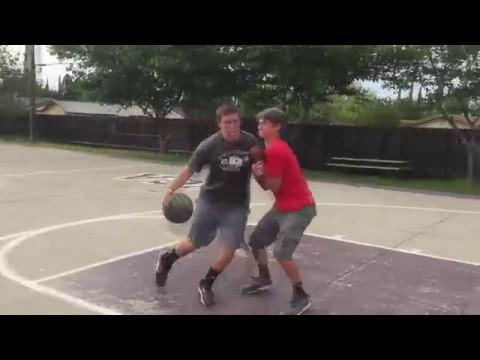 Pickup Basketball Stereotypes (видео)