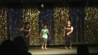 """Alvin and the chipmunks dance """"How we roll"""" Performed at La Pluma Elementary Talent show 09"""