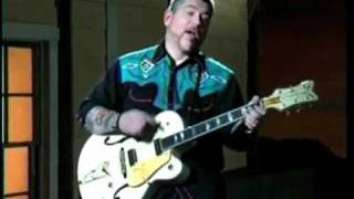 "Everlast Rocks Johnny Cash, House of Pain Style ""Folsom Prison Blues"""