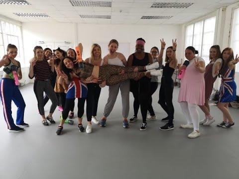 Spice Girls Nottingham Hen Party Dance Class - Fun Activities and Ideas for your hen do weekend