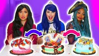 CAKE SWITCH UP CHALLENGE!!! EVIE VS UMA VS LONNIE. (Totally TV)