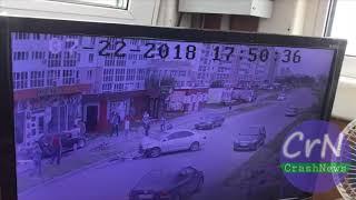 https://crashnews.org | В Хабаровске пьяный водитель Ниссана Скайлайна сбил семью