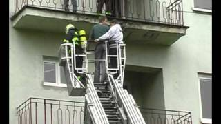 preview picture of video 'SŠTaS Karviná - hasičské cvičení'