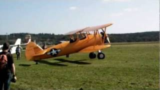 preview picture of video 'Letkov - 2011- Boeing Stearman'