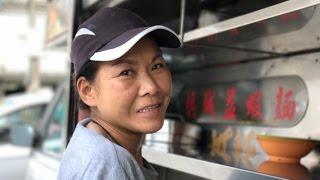 Sea Park's 3-decade Assam Laksa Food Truck