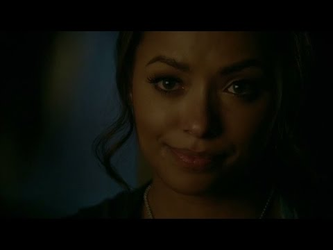 The Vampire Diaries: 8x10 - Bonnie hugs Damon, he tells her what he wrote in the letter [HD]