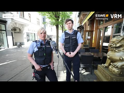 Download Wiesbadener Stadtpolizei kontrolliert Corona-Regelungen Mp4 HD Video and MP3