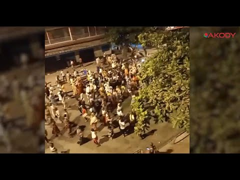 <a href='https://www.akody.com/cote-divoire/news/reaction-spontanee-de-la-population-apres-la-candidature-du-president-alassane-ouattara-video-326571'>Réaction spontanée de la population après la candidature du Président Alassane Ouattara [Vidéo]</a>