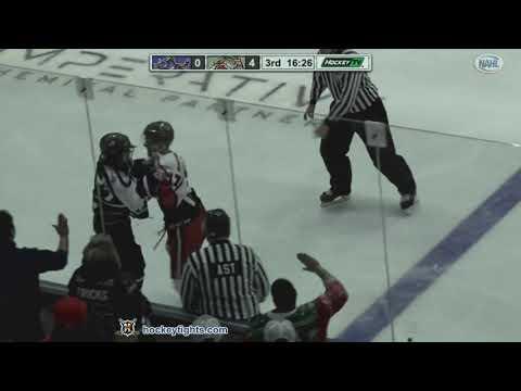 Matt Hutton vs. Clayton Lackey