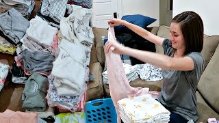 WASHING NEWBORN CLOTHES