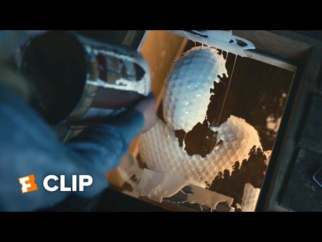The Invisible Man Exclusive Movie Clip - SURPRISE (2020) | Movieclips Coming Soon