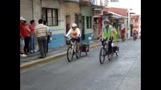 preview picture of video 'La llegada de los Ciclistas a Huatusco, Ver. después de 8 días de ausencia en la ciudad.'