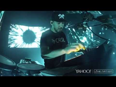 Linkin Park - Blackout/Papercut (Camden, Carnivores Tour 2014) HD