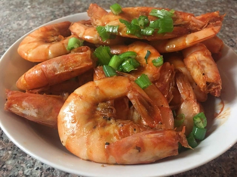 Easy Asian Garlic and Pepper Shrimp Recipe