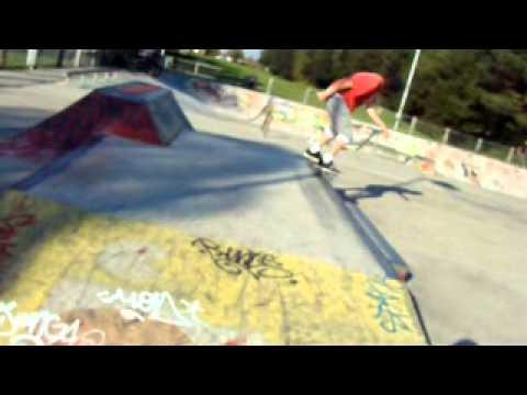 Homicide Skateboarding - Skating Kings park skatepark