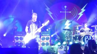 2016-06-12 - Pearl Jam - Arms Aloft - Joe Strummer Cover - Bonnaroo 2016