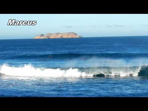 Chinamans fun waves for surfing