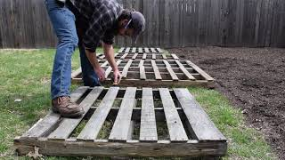 Building A Pallet Fence Part 1; Using FREE Reclaimed Materials For Zero-waste Construction