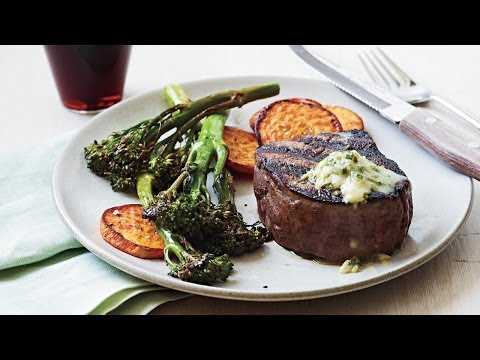 How to Make Pan-Seared Steak with Chive-Horseradish Butter