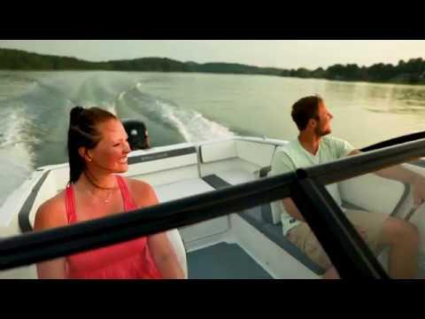 Bayliner VR5 Bowrider OB video