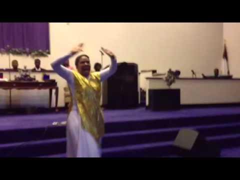 Tasha Cobbs Break Every Chain Praise Dance Majestic Movement