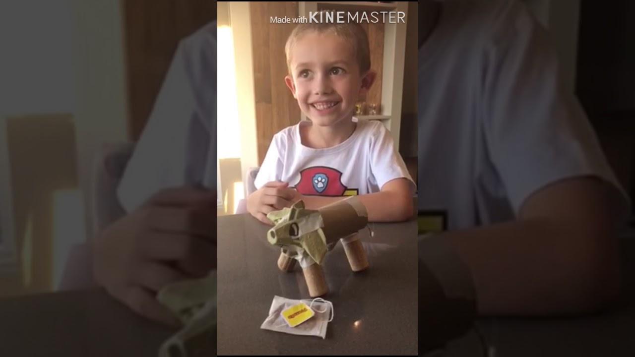 """Crianças criam final da história """"Chá das Maravilhas"""" em vídeo"""