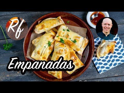 Min variant på empanadas som är en slags fyllda piroger eller degknyten. Här med inspiration från Chile och förslag på fyllning medköttfärs eller vegofärs.>