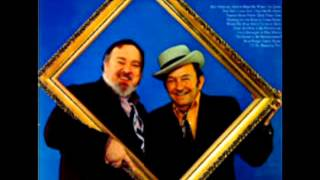 Over The Hills To The Poorhouse [1973] - Lester Flatt & Mac Wiseman