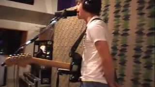 Arctic Monkeys - Sandtrap This House Is A Circus KCRW2007