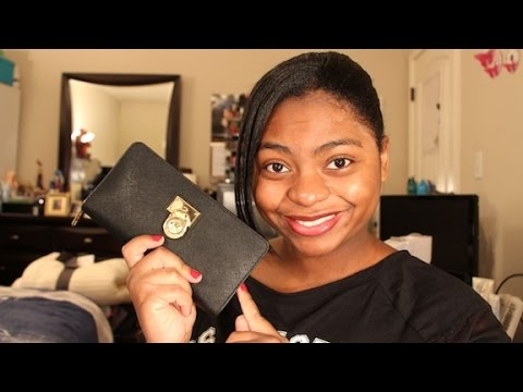 Review: Michael Kors Hamilton Large Zip Around Wallet