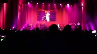 Barry Manilow Opening of Concert - Its a Miracle
