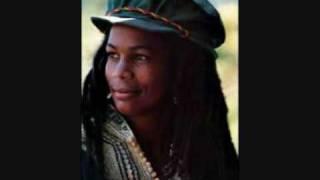 Judy Mowatt - Sister's Chant