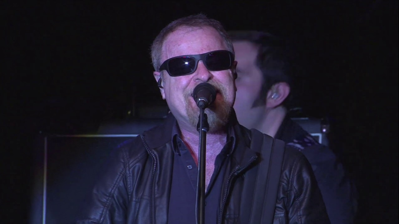 BLUE ÖYSTER CULT - Havester of eyes