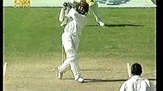 Brian Lara scintillating 100 off 82 balls vs Australia 4th test 1999 Antigua
